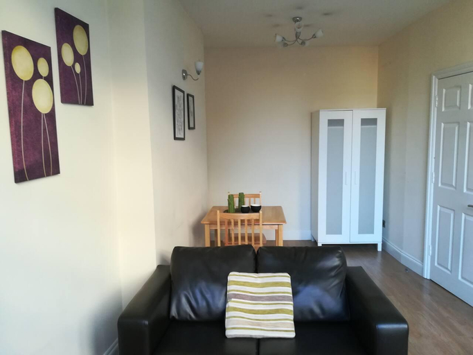 One-bedroom flat next to Barbican Station, London
