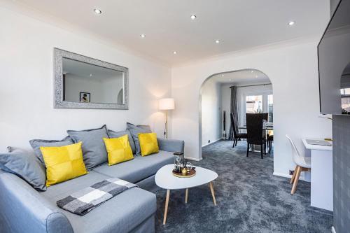 Luxury 3 Bedroom House in Aveley, Thurrock, Thurrock