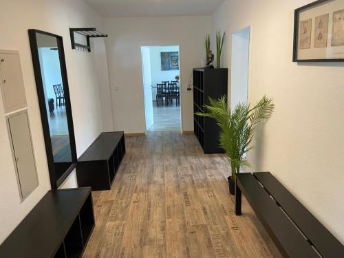 Generous Apartment with own parking Space, Paderborn