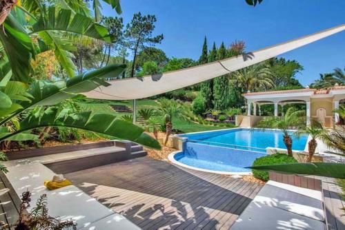 Quinta do Lago Villa Sleeps 14 with Pool Air Con and WiFi, Loulé