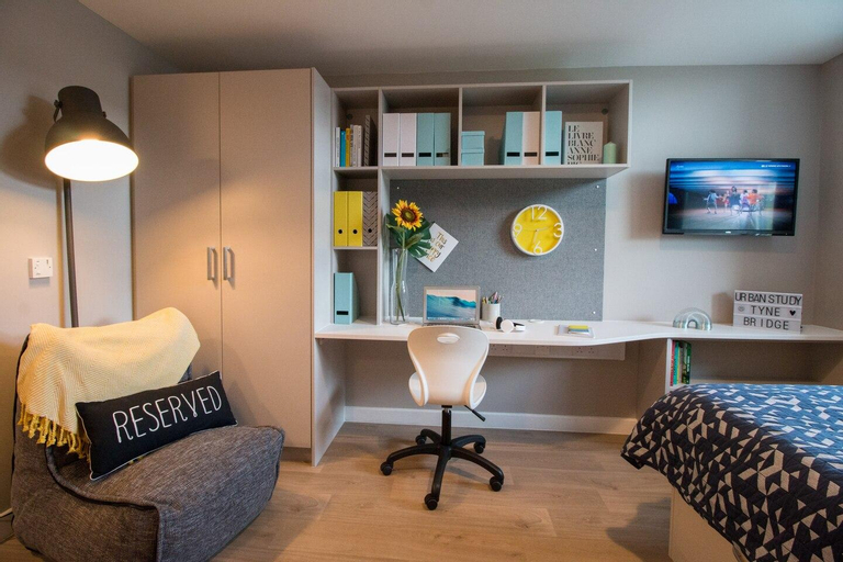Centrally Located Studio In A New Building, Newcastle upon Tyne