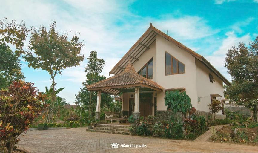 Griya Gayatri (3BR), Malang