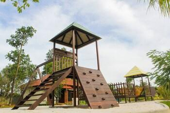 Dayang Resort, Singkawang