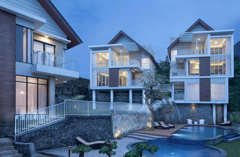 Azcarya Villa Type Dyah, Malang