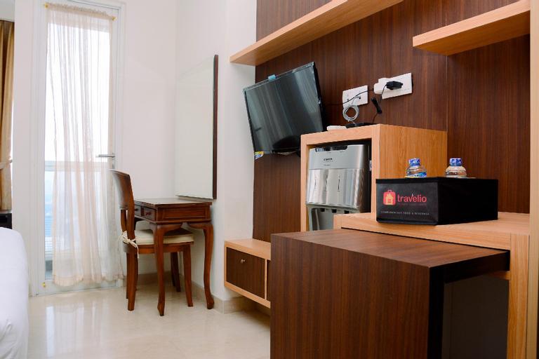 Furnished Studio at Menteng Park Apt By Travelio, Central Jakarta