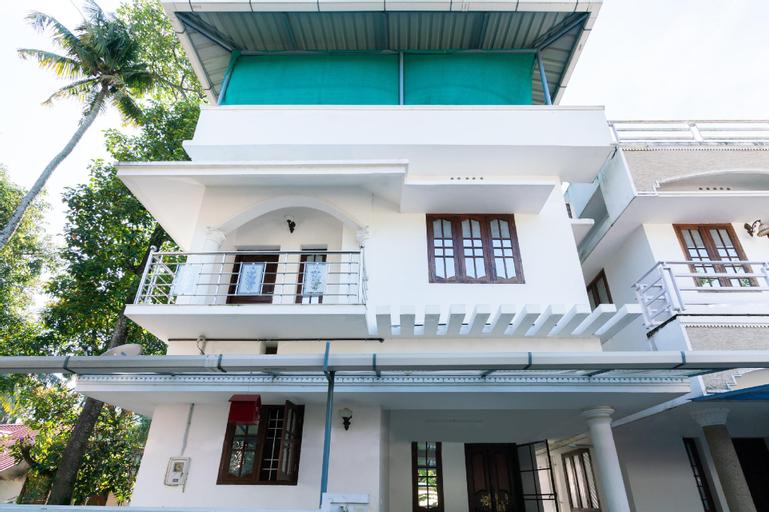 OYO 60347 Home Siubhagya villa, Ernakulam
