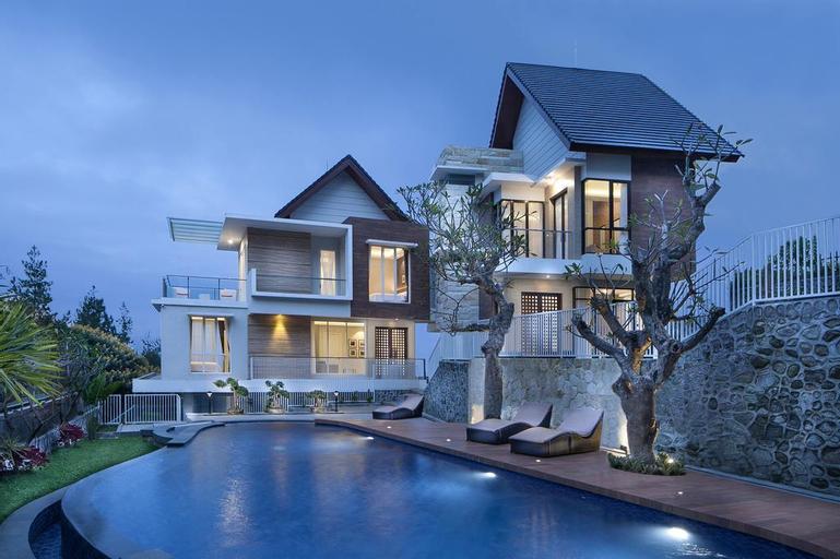 Azcarya Villa Type Mala, Malang