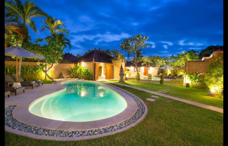 Stunning 3BR Private Villa close to the Beach , Badung