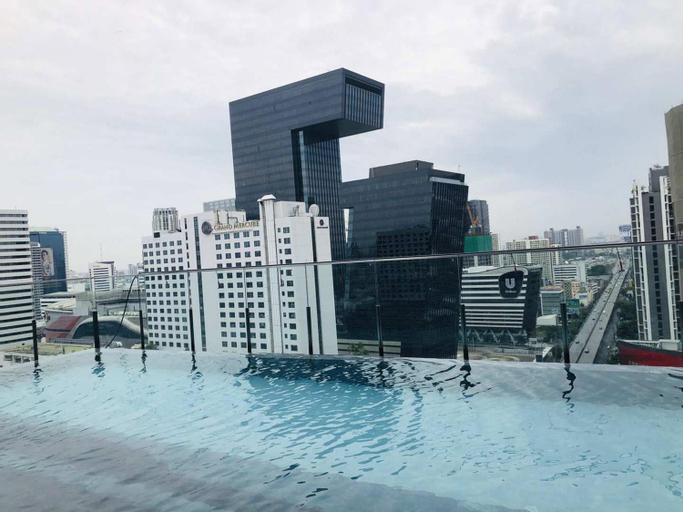 Bangkok Centre/Luxury apartment/Infinity  pool, Din Dang