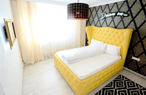 Soho Apartment, Galati