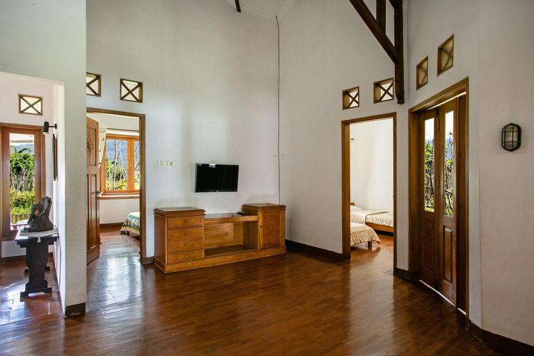 Shanty's House Villa, Malang