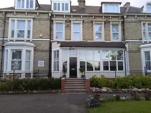 Clifton Hotel Apartments, Newcastle upon Tyne