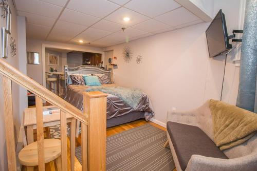 Studio Apartment Near Fenway by STARS of Boston, Norfolk