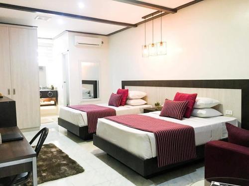 The Royale House Travel Inn & Dormitel, Tagum City
