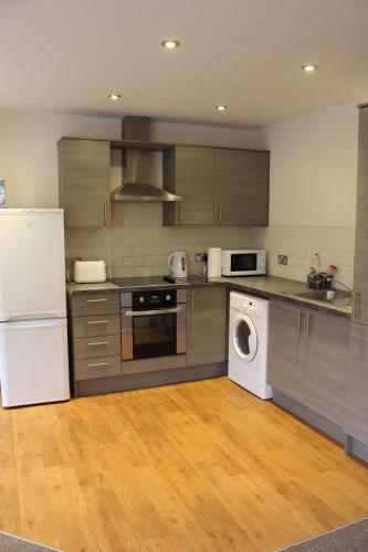 3 bed apartment with free on site parking in city centre, Newcastle upon Tyne
