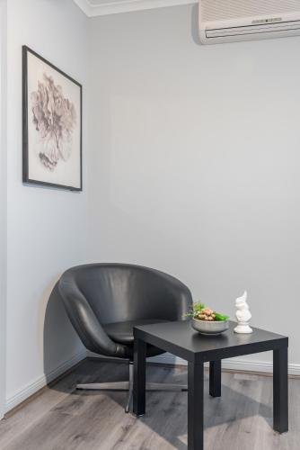 Boutique Private Rm situated in the heart of Burwood 7 - ROOM ONLY, Burwood