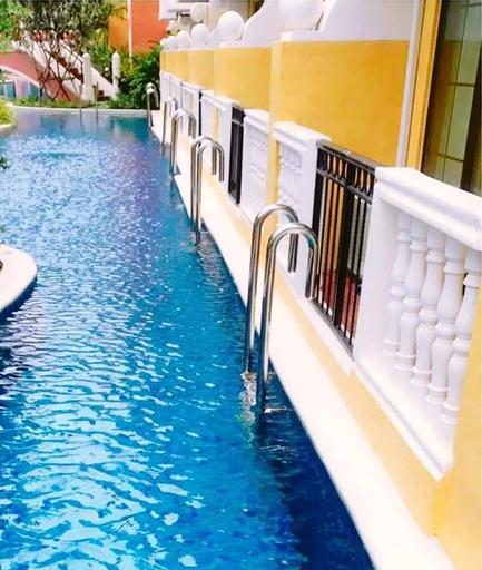 Venetian Condo Pool Access, Sattahip