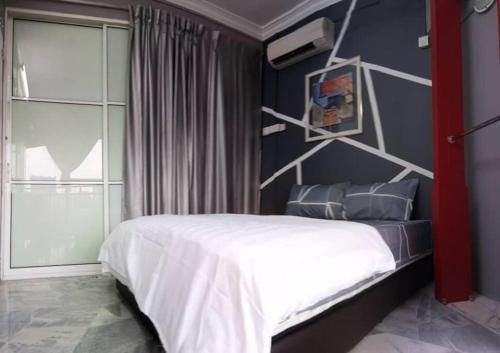 Cozy Bedroom#5 for 2pax! 5 min to Lagoon&Pyramid, Kuala Lumpur
