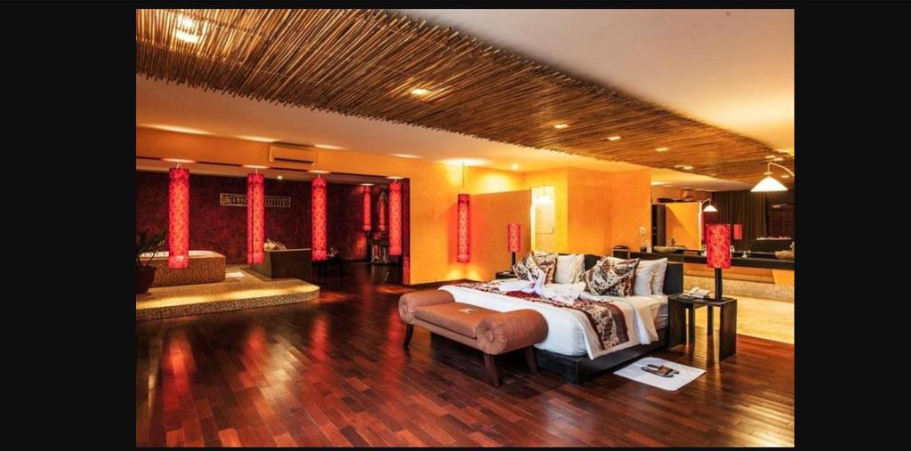 One BR Honeymoon Suite Private Balcony - Breakfast, Badung