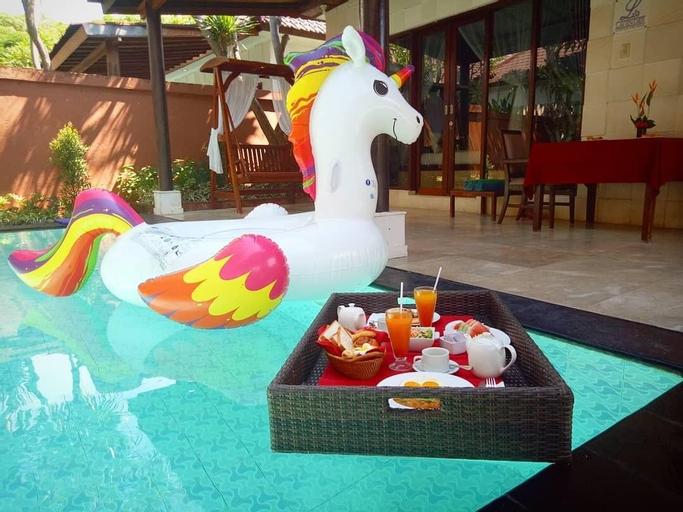 Romantic 1BR Pool Villa In Kuta Center, Badung