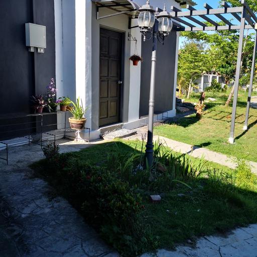 Cottage Garden - 2, Putatan