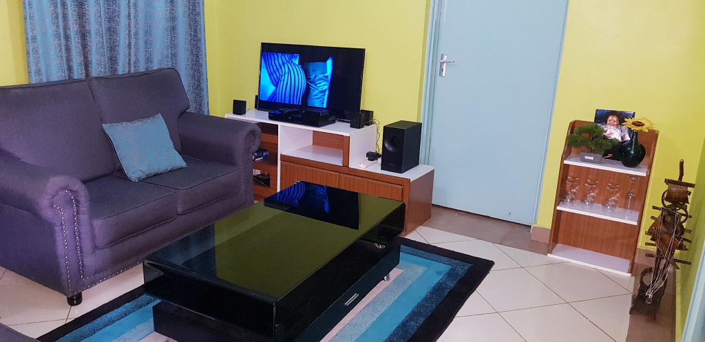 Bright and Airy Apartment, Kisumu Central