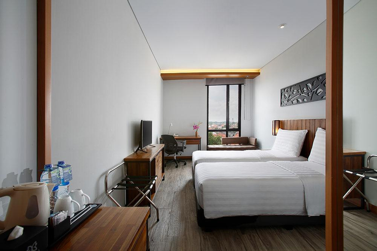 OneBR Superior Room with City View - Breakfast, Palembang