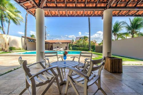 Casa charmosa a 150m da praia de Cumbuco por Carpediem, Caucaia