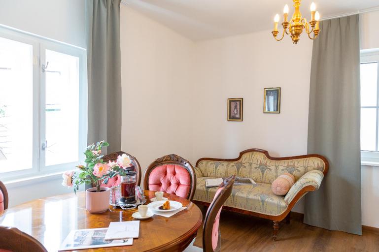 Zentrales Apartment in Bad Ischl für 2, Gmunden