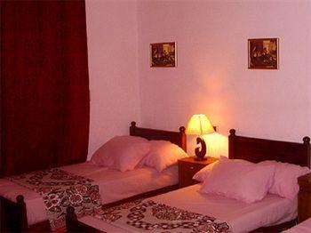 Jamaica Hostel, 'Abdin