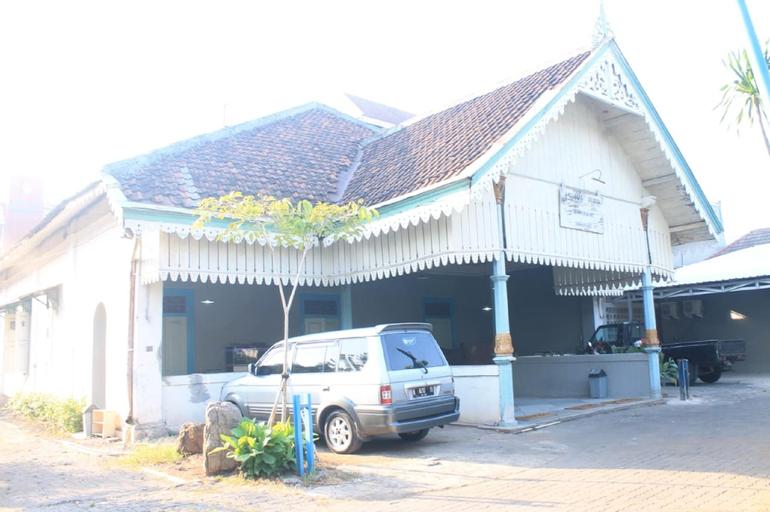 Comfy Bed @ Omah Kartini, Semarang