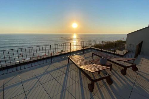 BOUTIQUE Rentals- ATTICO Luxury Design-Ocean views, Porto