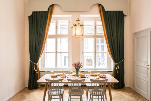 AIRSTAY PRAGUE Downtown Designer apartment Karlin, Praha 7