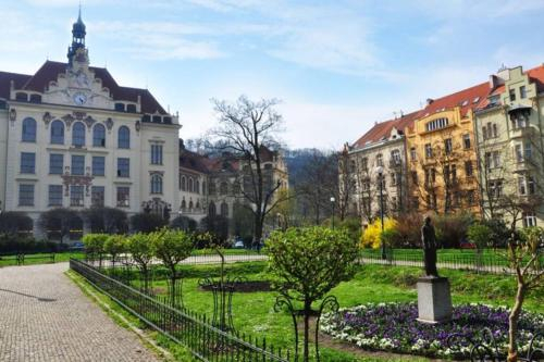 AIRSTAY PRAGUE - 3 BEDROOM Spa residence home, Praha 7