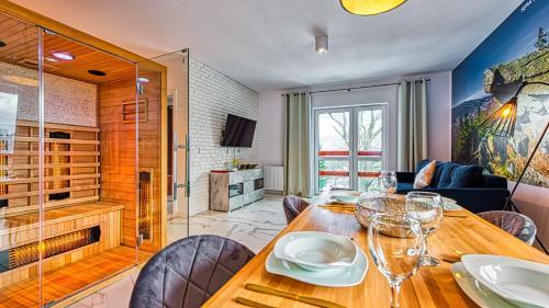 Apartament Sepia Gora Premium z Sauna - 5D Apartamenty, Lubań