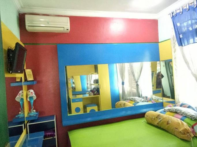 Greyish room, Semarang