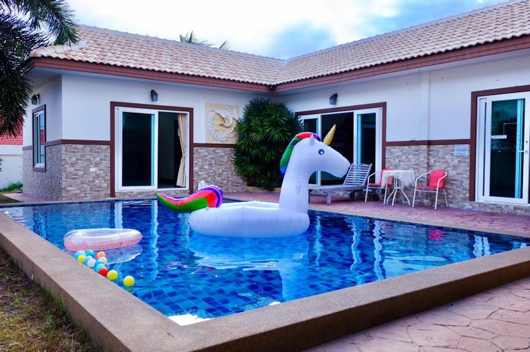 Party 007 Pool Villa 3 Bedroom 3 Bathroom, Bang Lamung