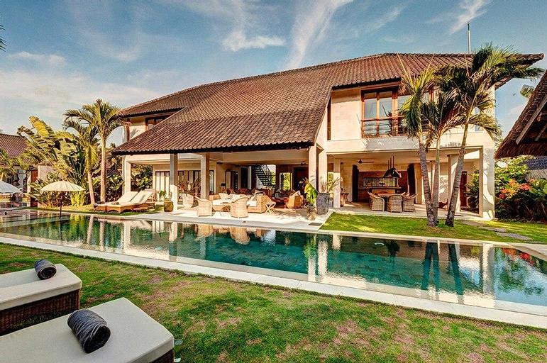 Luxury Seminyak 5 Bed Villa, Badung