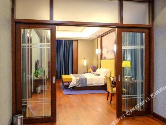 Jiu Long Ying Bin Hotel, Yibin