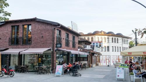 Brickrooms, Novi Pazar