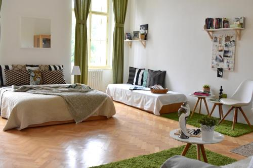 AIRSTAY PRAGUE Wellness apartments Florenc, Praha 7