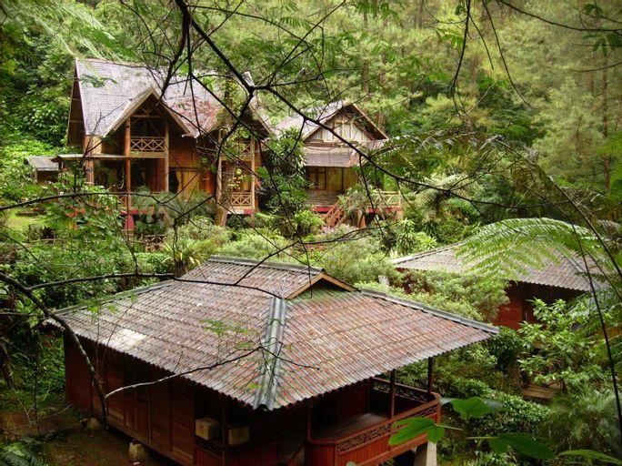 Curug Cilember Cottage, Bogor