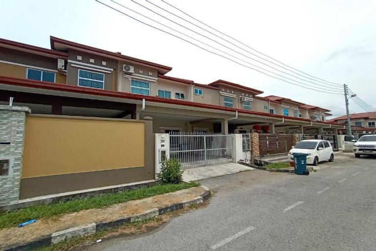 OYO 90275 Meow Homestay, Saratok