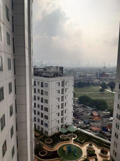 Apartment Bassura City by Travelibu, East Jakarta