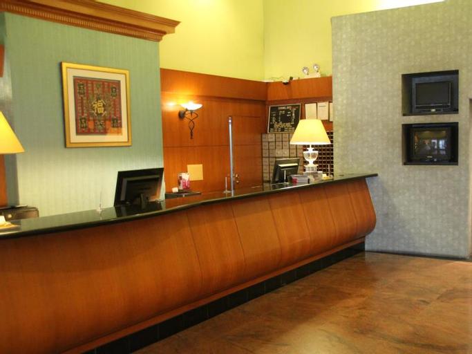 Strand Hotel (SG Clean Certified), Rochor