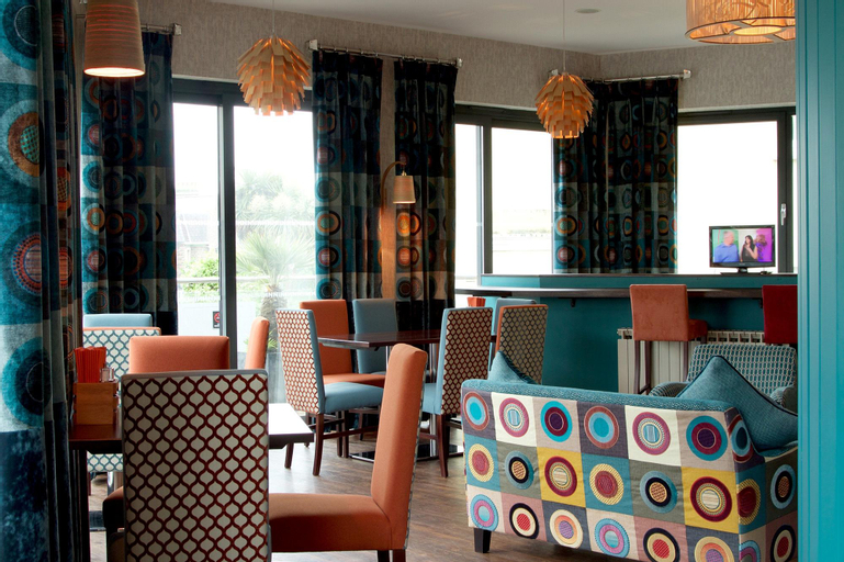 The Inn Boutique Hotel Bar and Restaurant,