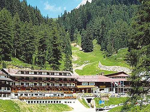 Sport Hotel Pampeago, Trento