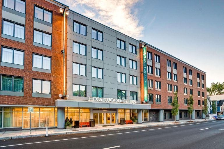Homewood Suites by Hilton Boston Brookline Longwood Medical, Norfolk