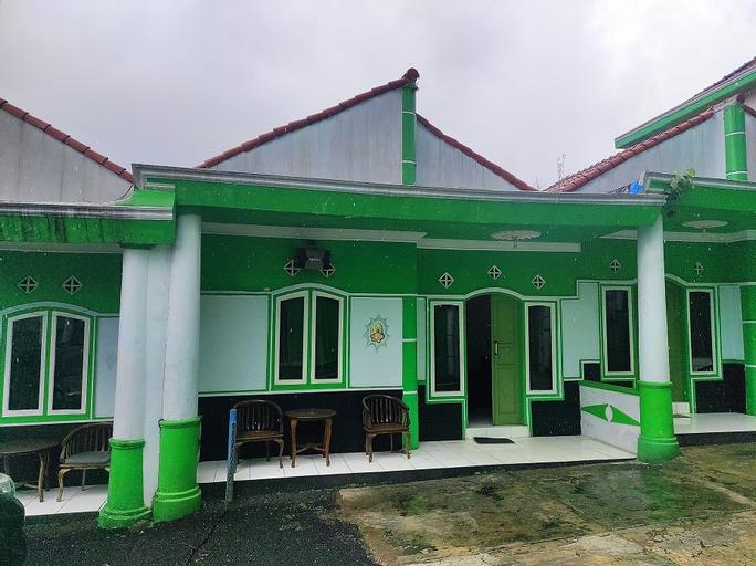 OYO 90528 Beruang Mas Villa Ciater, Subang