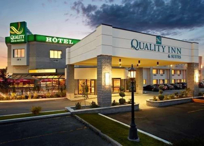 Quality Inn and Suites Brossard, Champlain